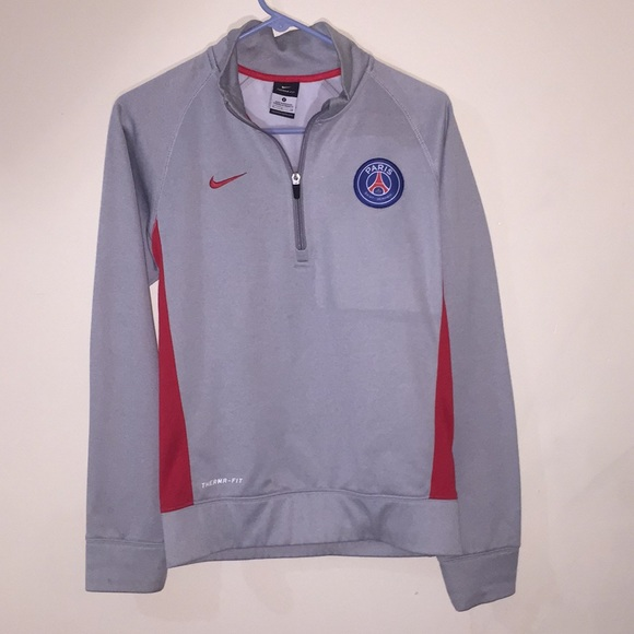 the best attitude c611b 978dd NIKE Therma Fit Gray & Red Zip Pullover Paris